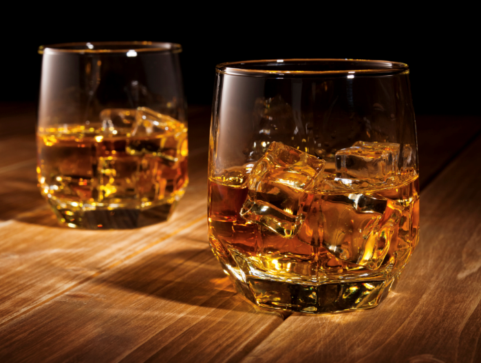 aa The Ultimate Guide to Pairing Whiskey with Food