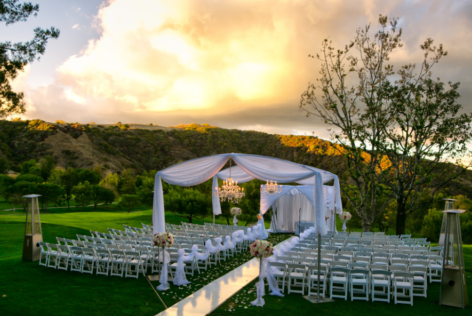 country-club-wedding The Ultimate Guide to Hong Kong Wedding Venues